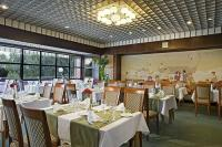 Restaurant at Lake Heviz in Hotel Danubius Health Spa Resort Aqua
