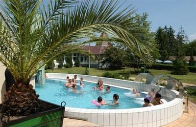 Wellness weekend in Heviz, in the renovated, 3-star Hotel Helios - Hunguest Hotel Helios*** Heviz - 3-star wellness and spa hotel in Heviz at discount prices